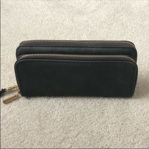 Handbags - Wallet/Wristlet Barely used from target!